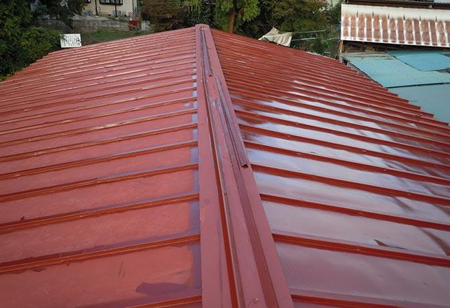 屋根塗装工事:施工中